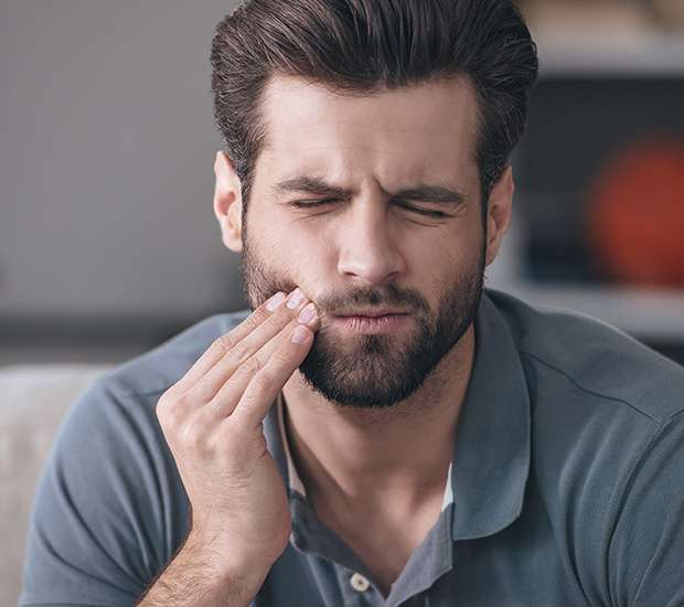 Costa Mesa Can a Cracked Tooth be Saved with a Root Canal and Crown