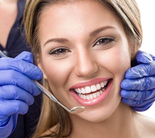 Costa Mesa Teeth Whitening at Dentist